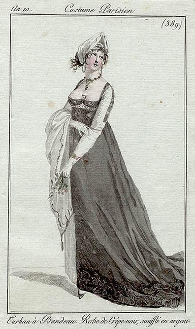 A black crepe dress, an10 Costume parisien